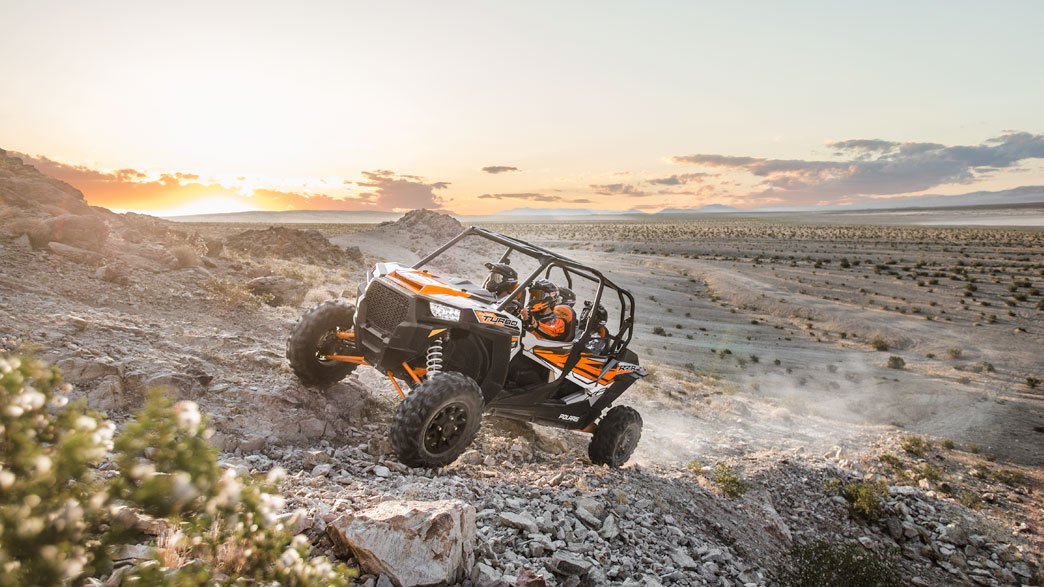 rzr-xp-4-turbo-eps-media-5