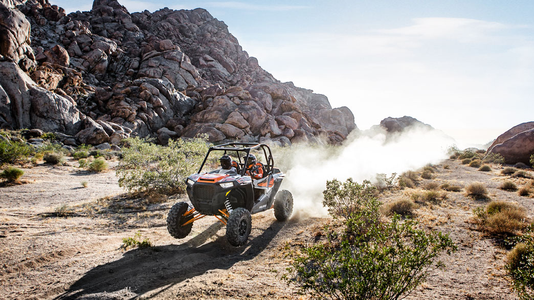 rzr-xp-turbo-eps-media-3