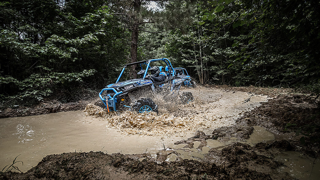 rzr-xp-1000-eps-highlifter-media-2