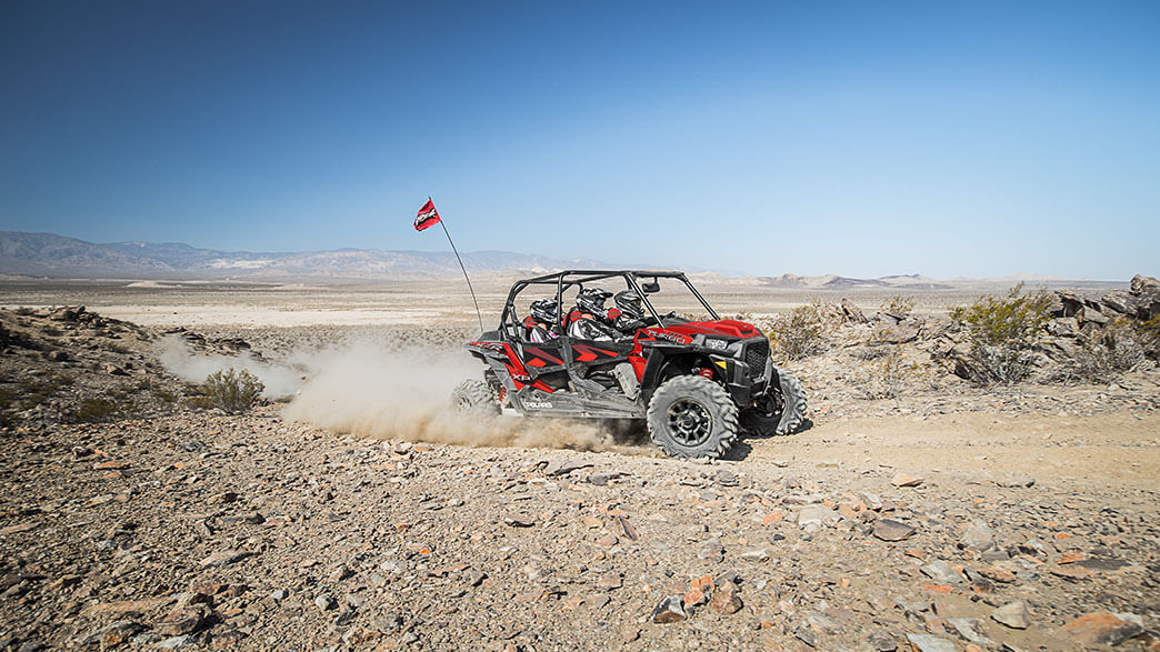 rzr-xp-4-turbo-fox-edition-media-2