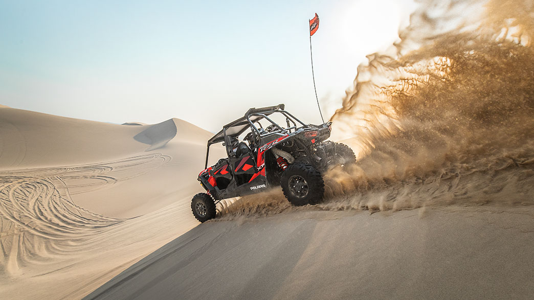 rzr-xp-4-turbo-fox-edition-media-6