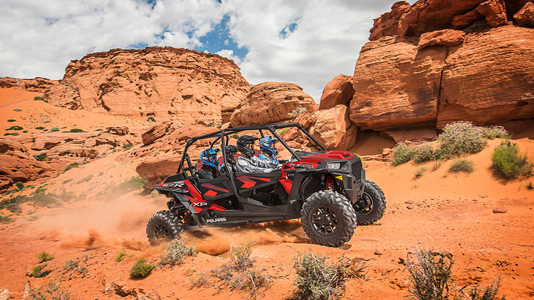 rzr-xp-4-turbo-fox-edition-media-7