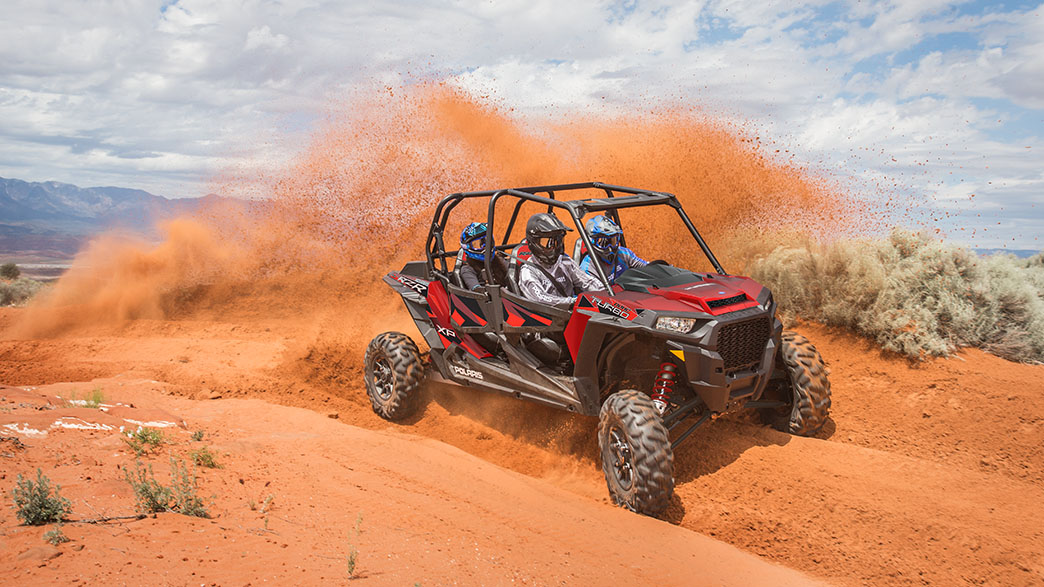 rzr-xp-4-turbo-fox-edition-media-8