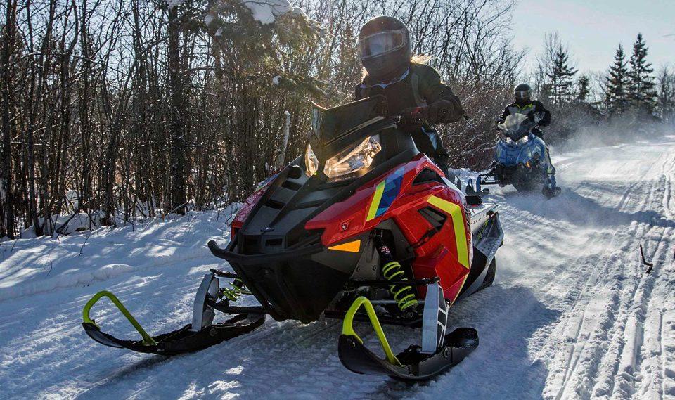 Снегоход для новичков: обзор 2019 Polaris Indy EVO