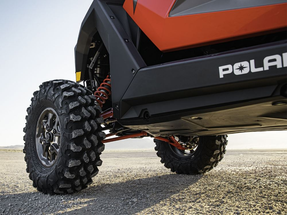 2020-rzr-pro-xp-ultimate-indy-red_6